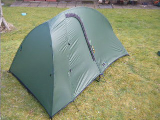 I bought this tent to replace my ancient Saunders Satellite which was no more than a glorified bivvy though a techno-marvel in its day. & Mountains Miles u0026 Mist: Terra Nova Solar Competition